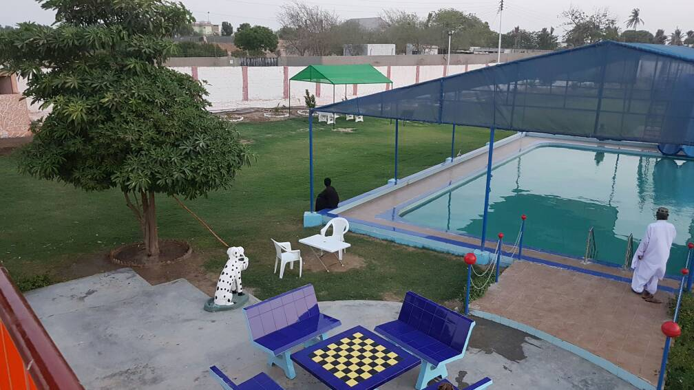 Moon Farmhouse in Karachi, Sindh, Pakistan - Ghoomlo pk