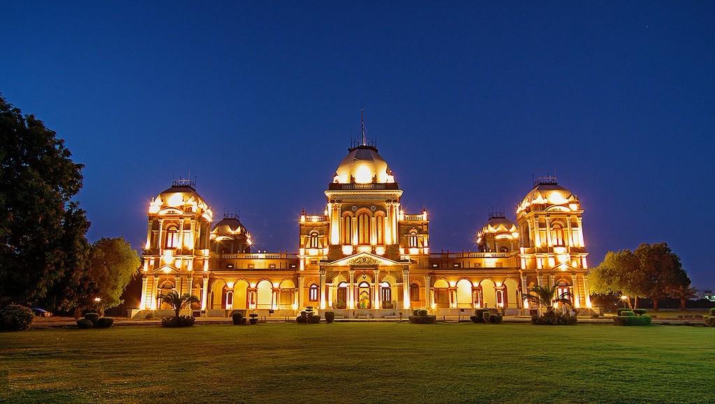 Gulzar Palace