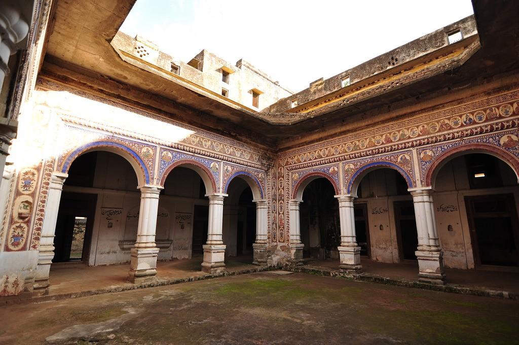 Bedi Mahal