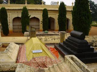 Sultanwas - Ghazi Khaney